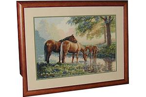 Вышивка Лошади у ручья