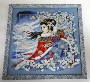 Вышивка зимняя сакура в оформлении дорисовкой