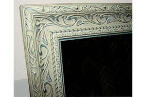 Фрагмент зеркала в стиле шебби-шик